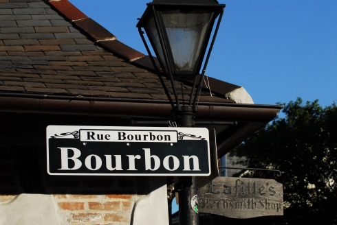 lg_bourbon-street-street-sign-at-lafitte-s-blacksmith-shop